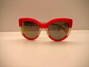 gafas de sol espejo rojas